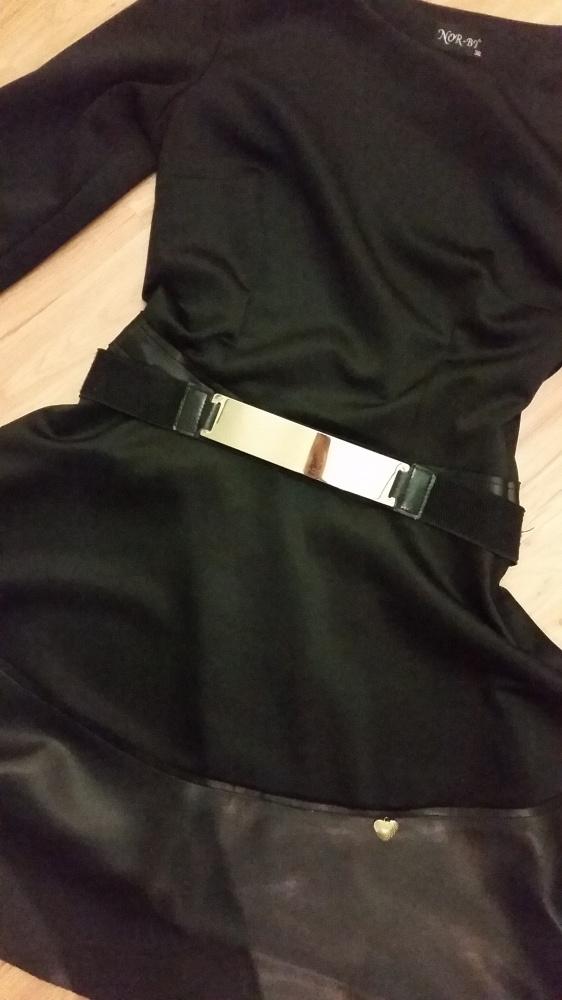 Suknie i sukienki Czarna rozkloszowana