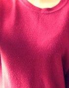 Sweterek burgudowy