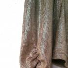 Piękna błyszcząca bluzka marszczona przy dekolcie