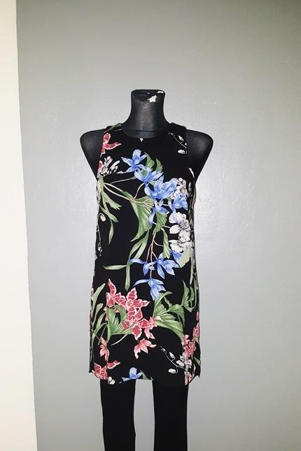 Dunnes sukienka 36 S trapezowa kwiaty rozcięcia