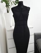 czarna sukienka z koronką River Island
