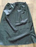 Czarna spódnica satynowa