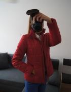 Pikowana kurtka Top Secret czerwona idealna M