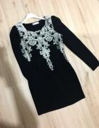 Sukienka model Versace czarna roz L