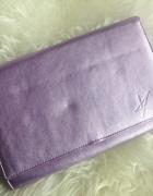 torebka mała kopertówka połyskliwa fioletowa