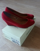 Jennifer CCC czerwone buty koturn zamszowe zara