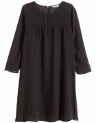 Czarna sukienka H&M minimalizm XS S