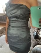 Piękna srebrna sukienka