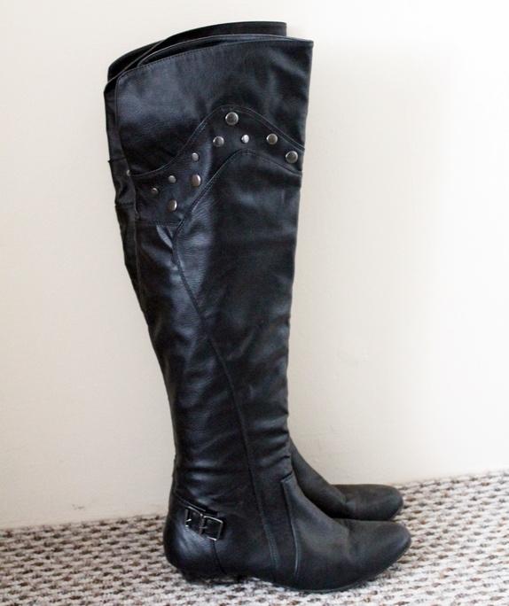 Jesienne buty z wysokimi cholewkami New Look