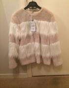 Zara różowa kurtka z futrem