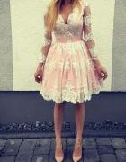 Koronkowa sukienka różowa księżniczka haft 38 M
