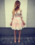 Koronkowa sukienka różowa księżniczka haft 40 L