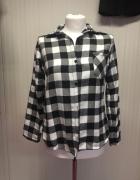 Koszula w kratę czarno biała