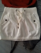 spódniczka biała reserved 34 kieszenie