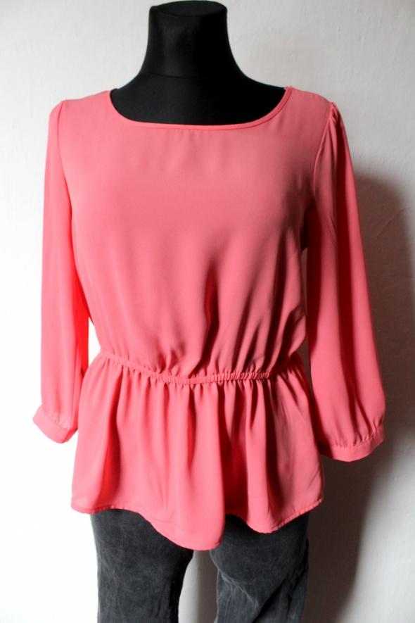 Bluzki Różowa bluzka koszulowa baskinka r M