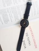 Czarny zegarek klasyka minimalizm