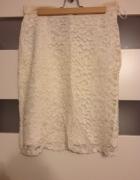 koronkowa biała spódniczka