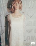 Biała kremowa koronkowa sukienka jesień must have...