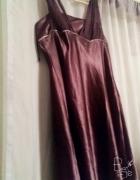 Przepiękna wyjściowa suknia ciemny fiolet...