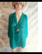 Zielona koszula mgiełka z wiązaną wstążką z Atmosp...