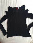 Czarny sweter z wycięciami na ramionach HM S...