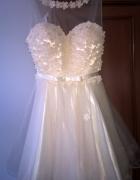 beżowa sukienka rozmiar M L...
