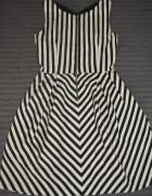 Sukienka zara S paski czarno biała...
