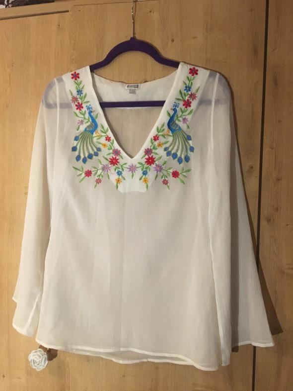 Śliczna biała bluzka z haftem w kwiaty i ptaki