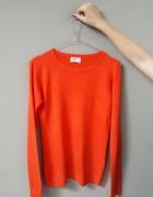 Sweter pomarańczowy...