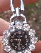 Nowy zegerak duze cyrkonie
