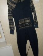 Kombinezon piżama 10lat 140...