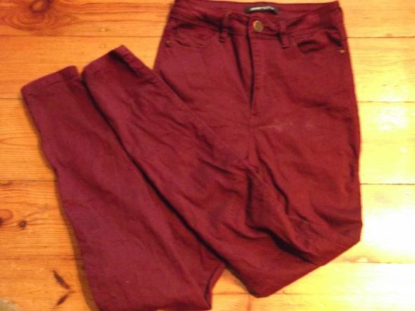 Spodnie Spodnie rurki rozmiar 36 Cropp