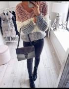 Sweter trio kolorowy
