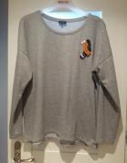 RESERVED szara bluza z aplikacją papuga zara