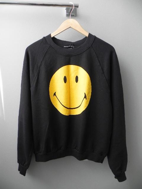 Bluzy CZARNA BLUZA SMILEY OVERSIZE BERSHKA M