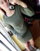 Sukienka khaki wiązane ramiona plecione