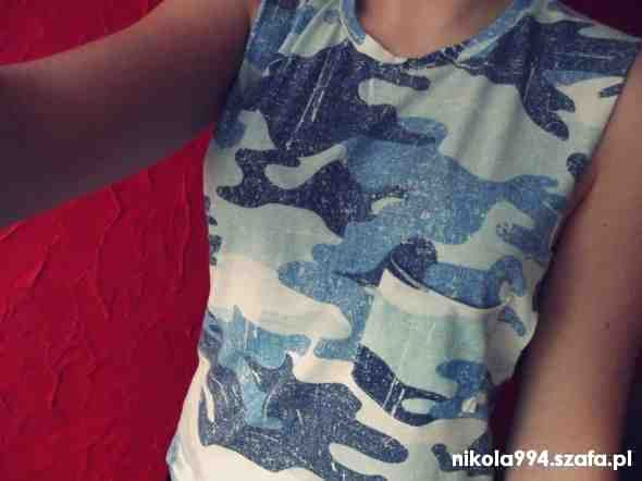 Bluzki Bluzka moro niebieska