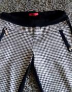 Spodnie w pepitkę S