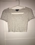 Krótka bluzeczka TOPSHOP 36...