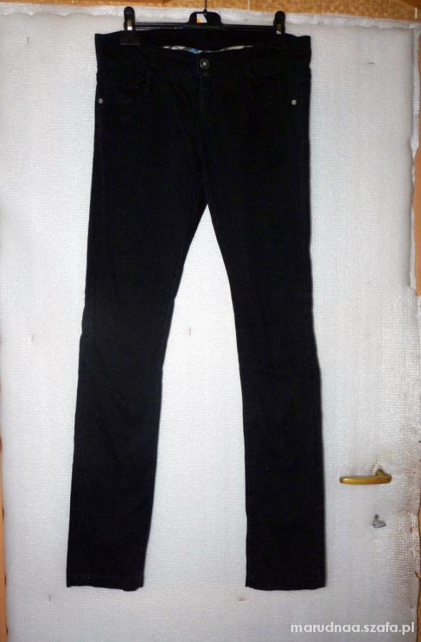 Spodnie Spodnie rurki skinny