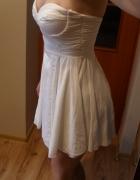 ASOS biała rozkloszowana sukienka