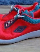 Nowe buty UMBRO 38...