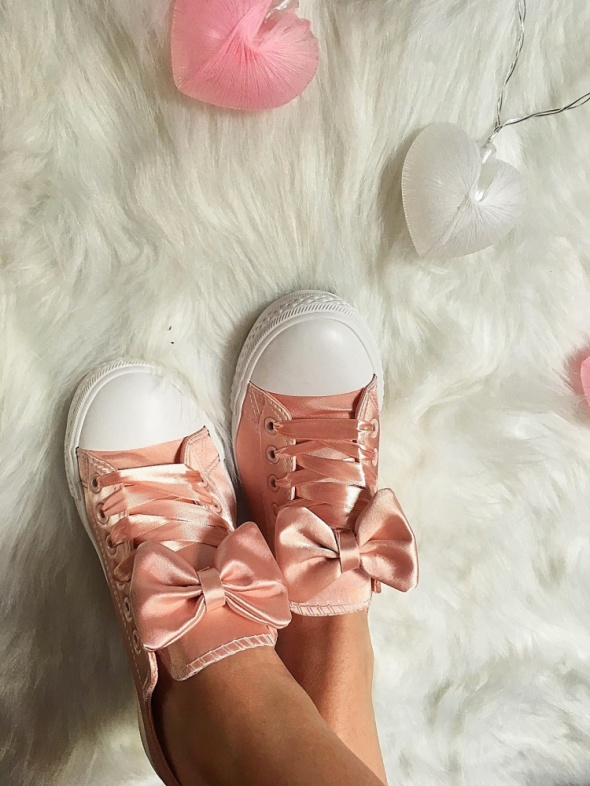 Rózowe Trampki z kokardą Baby Pink rozmiar 40 w Trampki
