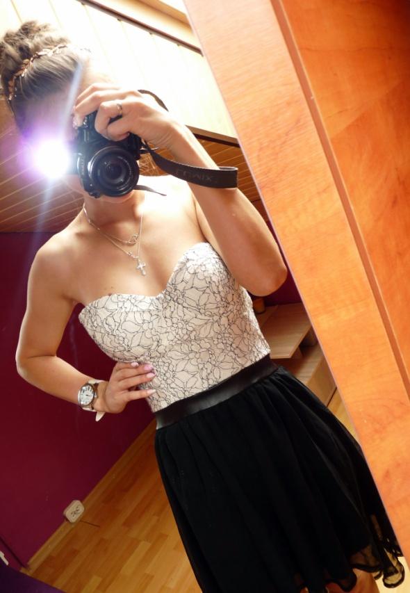 Suknie i sukienki Asymetryczna sukienka gorsetowa góra