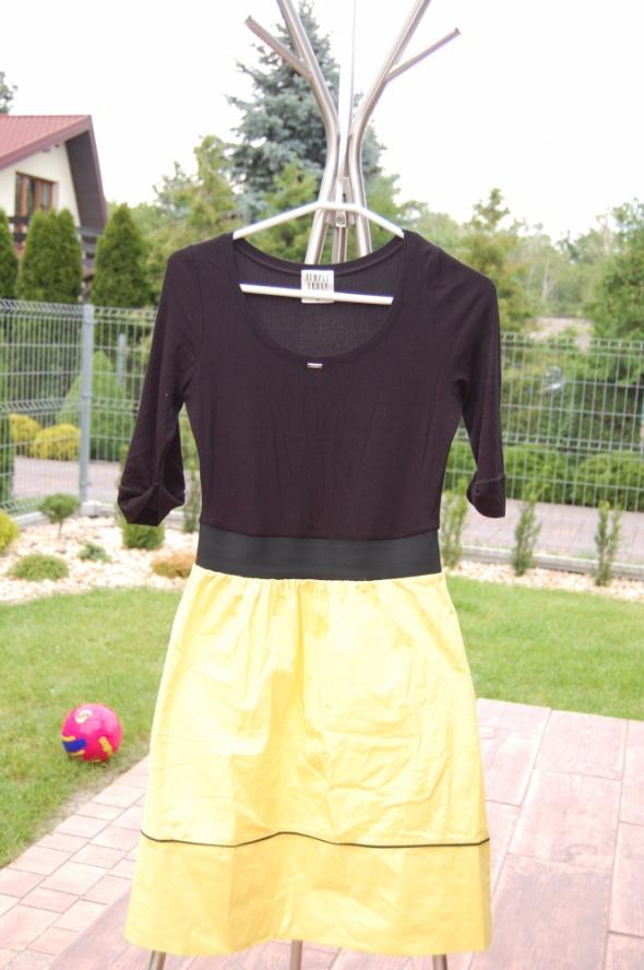 Suknie i sukienki Sukienka Simple