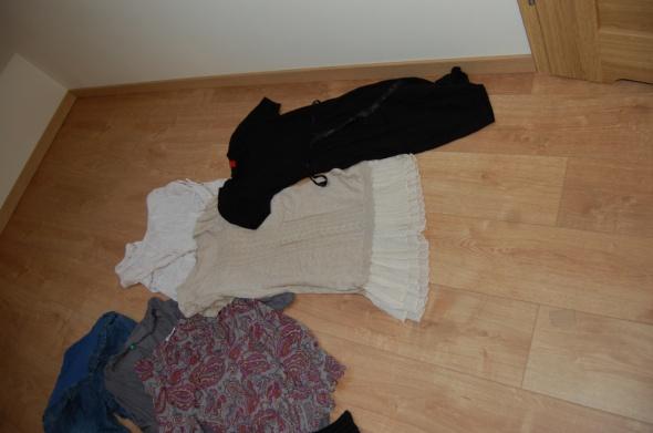 Pozostałe ubrania ciążowe