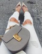 Modna torebka na ramię w szarym kolorze blogerska