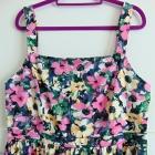 sukienka w kwiaty 48
