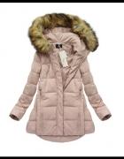 pikowany liliowy płaszcz