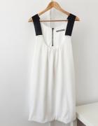 Biało czarna sukienka Zara basic blogerska
